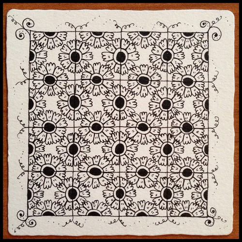 Zentangle 78 - Option 1, for The Diva's Weekly Challenge #195