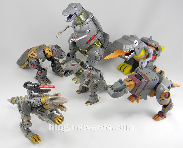 Transformers Grimlock Voyager - Transformers Generations Fall of Cybertron - modo alterno vs otros Grimlock