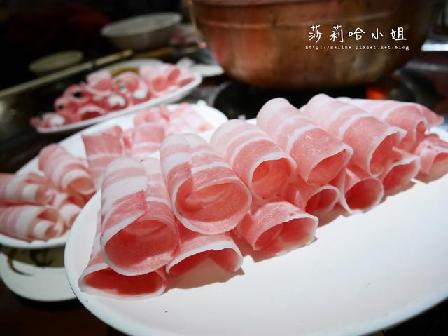 台北新店酸菜白肉鍋蒙古烤肉吃到飽涮八方 (18)