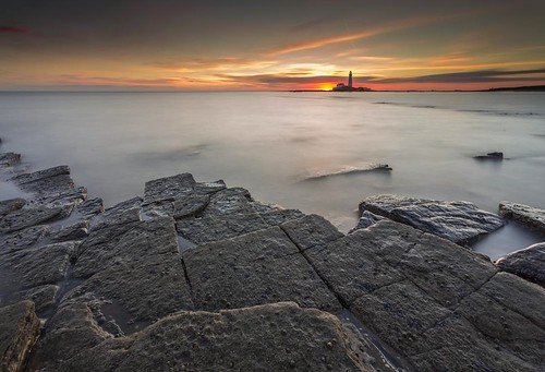 uk morning england lighthouse seascape st sunrise canon landscape dawn unitedkingdom northumberland lee marys filters 6d seatonsluice