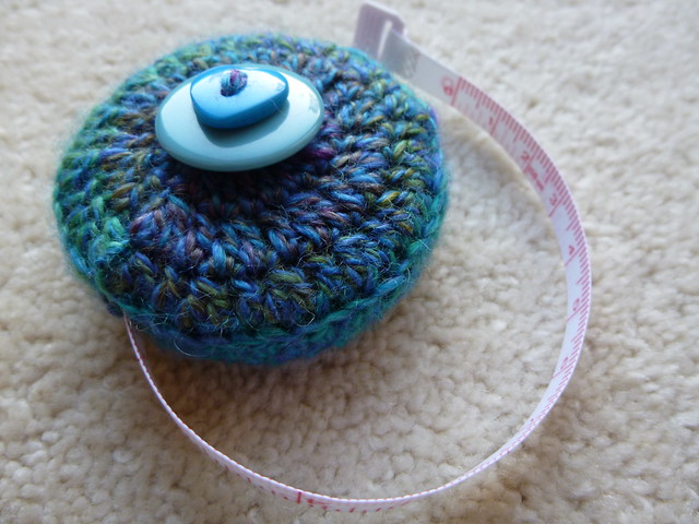 Tape measure cosy for Josee (1)