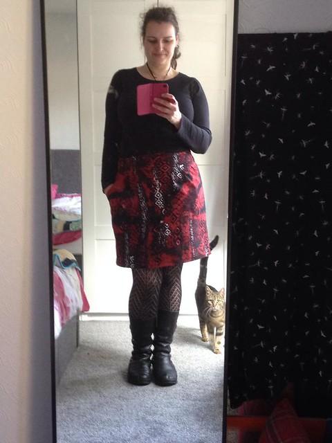 red skirt2