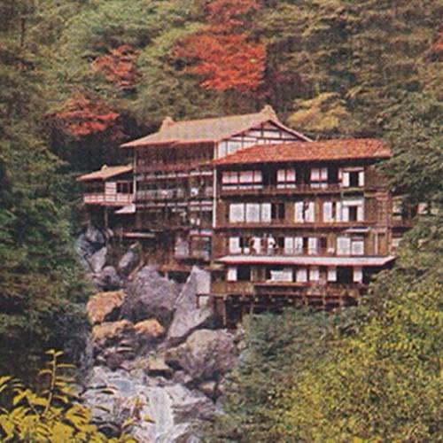 هل تصدقون؟ فندق Nisiyama Onsen Keiunkan في اليابان عمره 1309 سنوات بني عام 705 وتديره العائلة نفسها منذ 52 جيلا