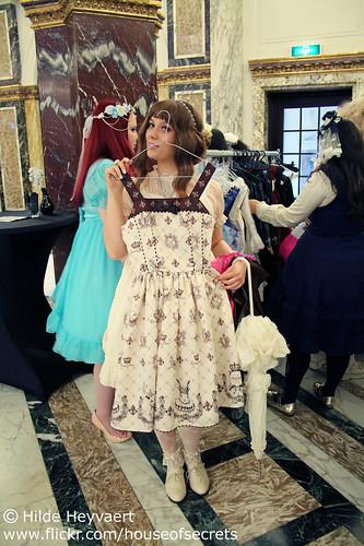 Lise and a dress