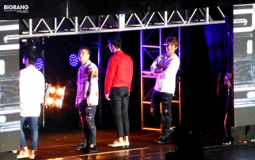 BIGBANGmusic-BIGBANG-FM-Hong-Kong-Day-2-2016-07-23-01