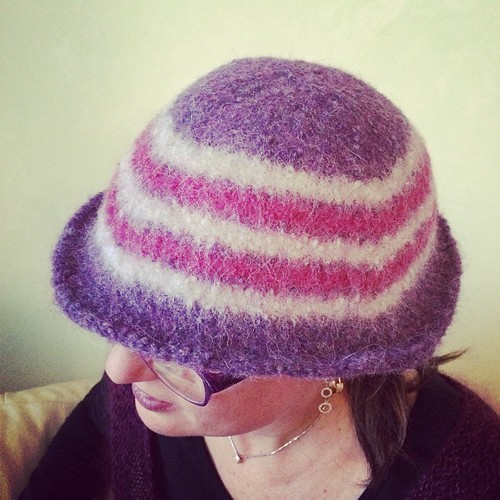 The felted hat:) Il cappello infeltrito:)