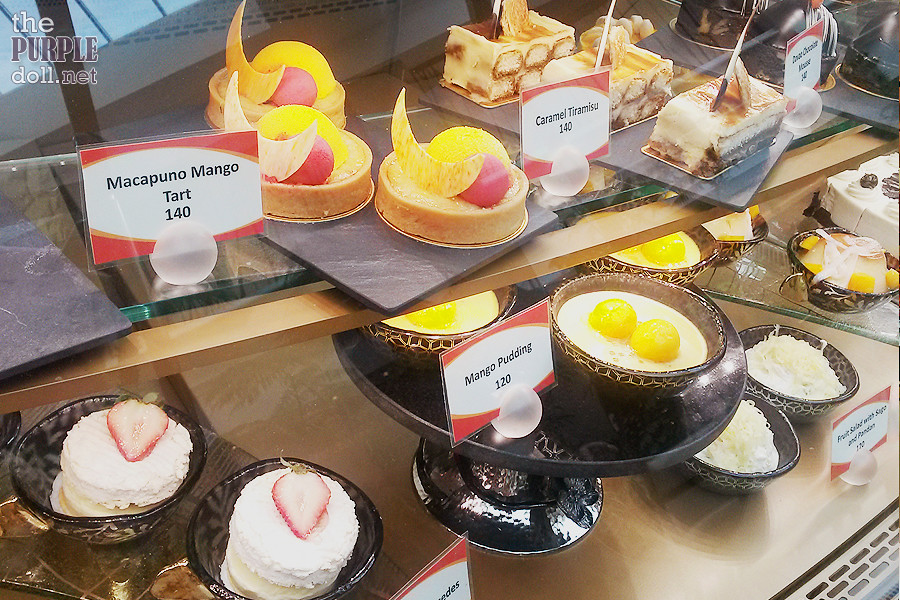 Cakes at Oasis Garden Cafe Solaire Sky Tower