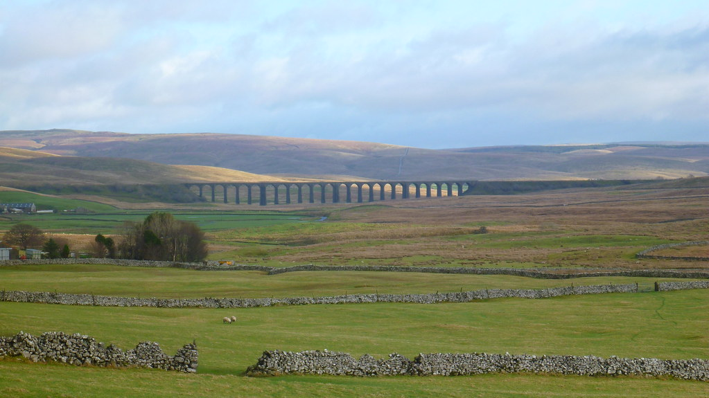 chapel le dale, ingleborough, ingleton, Old school bunkouse, ribblehead viaduct, waterfalls, twistleton scars, yordas cave, kingsdale