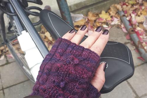 Knitting To Stay Sane : Knitting to Stay Sane NetworkedBlogs by Ninua