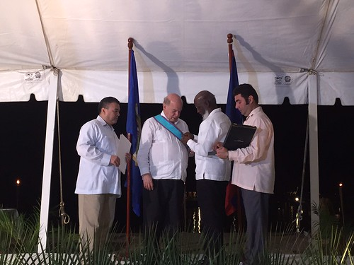 Belize Presents Award to OAS Secretary General in Recognition of his Mediation with Guatemala