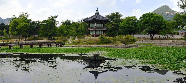 Hyangwonjeong pavilion panorama