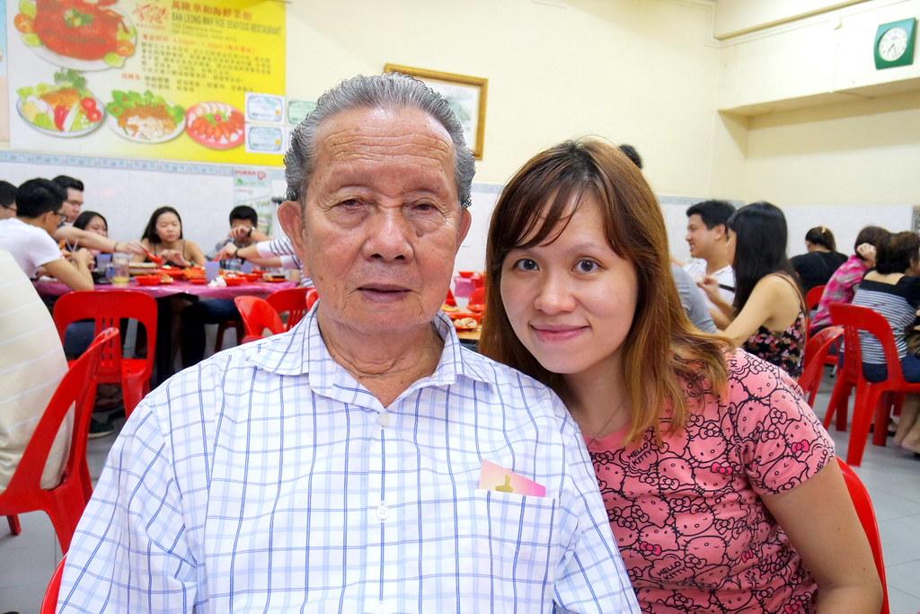 Ban Leong Wah Hoe Seafood: Maureen and her Grandpa