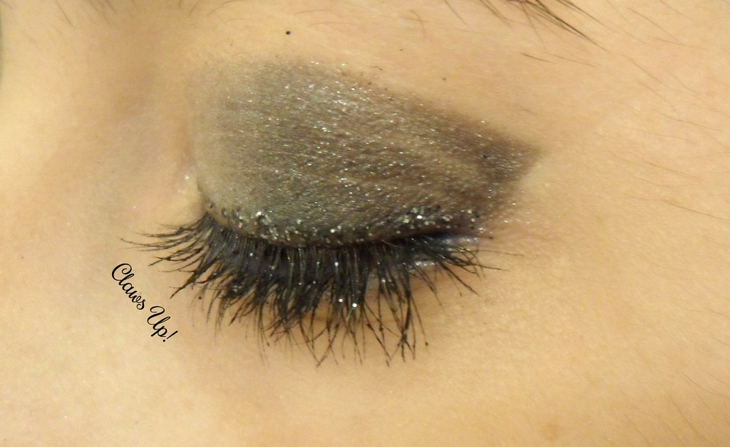 glitter smokey eye makeup for new years eve