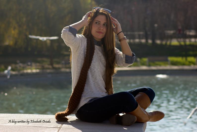 jersey-blanco-con-camisa-de-cuadros-y-jeans-HEELSANDROSES-(4)