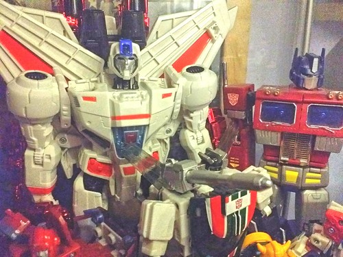 Hasbro Generations Leader Class Jetfire...or Skyfire (your mileage may vary!)