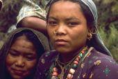 Zelt-Trekking Nepal, Rund um Dhaulagiri. Im Myangdi Khola, Anmarsch zum Dhaulagiri-Basislager. Foto: Archiv Härter.