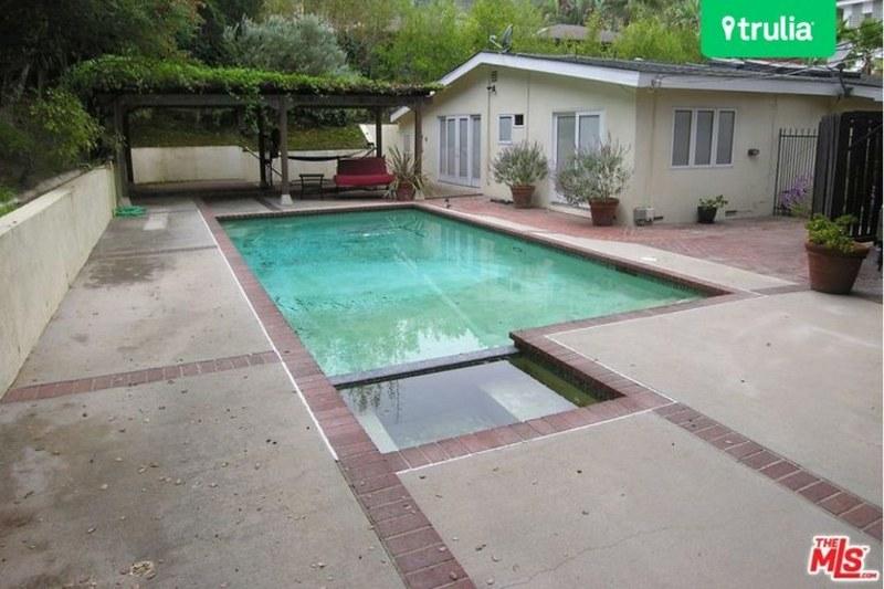 Дом с бассейном в Голливуд-Хиллз