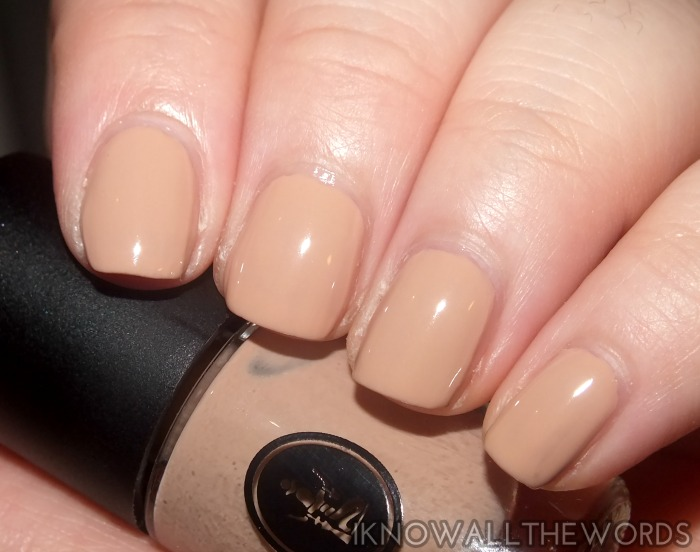 sothys winter 2015 makeup- beige doux nail polish