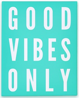 canvas11c-w800h800z1-47629-good-vibes-only