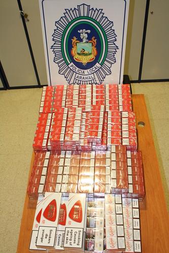AionSur 16052525485_908ed5defe_d La Policía Local aprehende 1.500 cajetillas de tabaco ilegal a un vecino de Utrera Sin categoría Sucesos