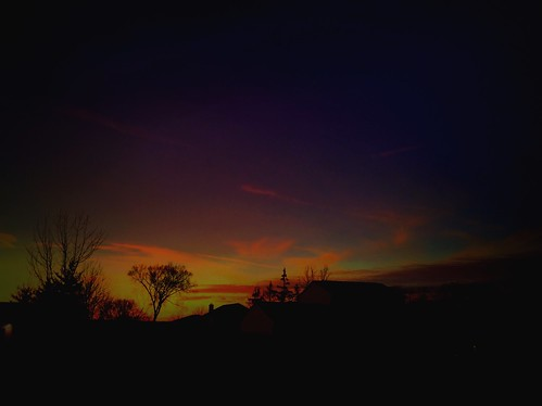 2015 beautiful hdr glow beauty handyphoto golden jamiesmed night home house gold mobileography orange yellow purple iphone5s iphoneedit nature pretty skies peaceful phoneography shadows skyline iphoneography vignette sunset snapseed mextures silhouette sky shadow geotagged geotag prohdr facebook iphonephoto landscape hamiltoncounty cincinnati ohio midwest iphoneonly photography clouds january winter mobilography clermontcounty mobilephotography queencity sun tumblr mobilephoto silhoutte shotoniphone