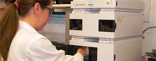 chemistry-labratory tech