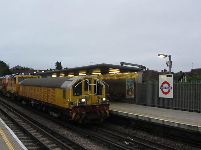 Ruislip Manor Station