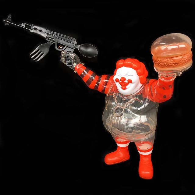 Ron English × BlackBook Toy【EVIL MC Stealth】麥胖先生,你以為把自己弄透明就會變瘦嗎?!