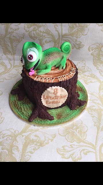 Lizard Cake by Cakes and cupcakes by Ania