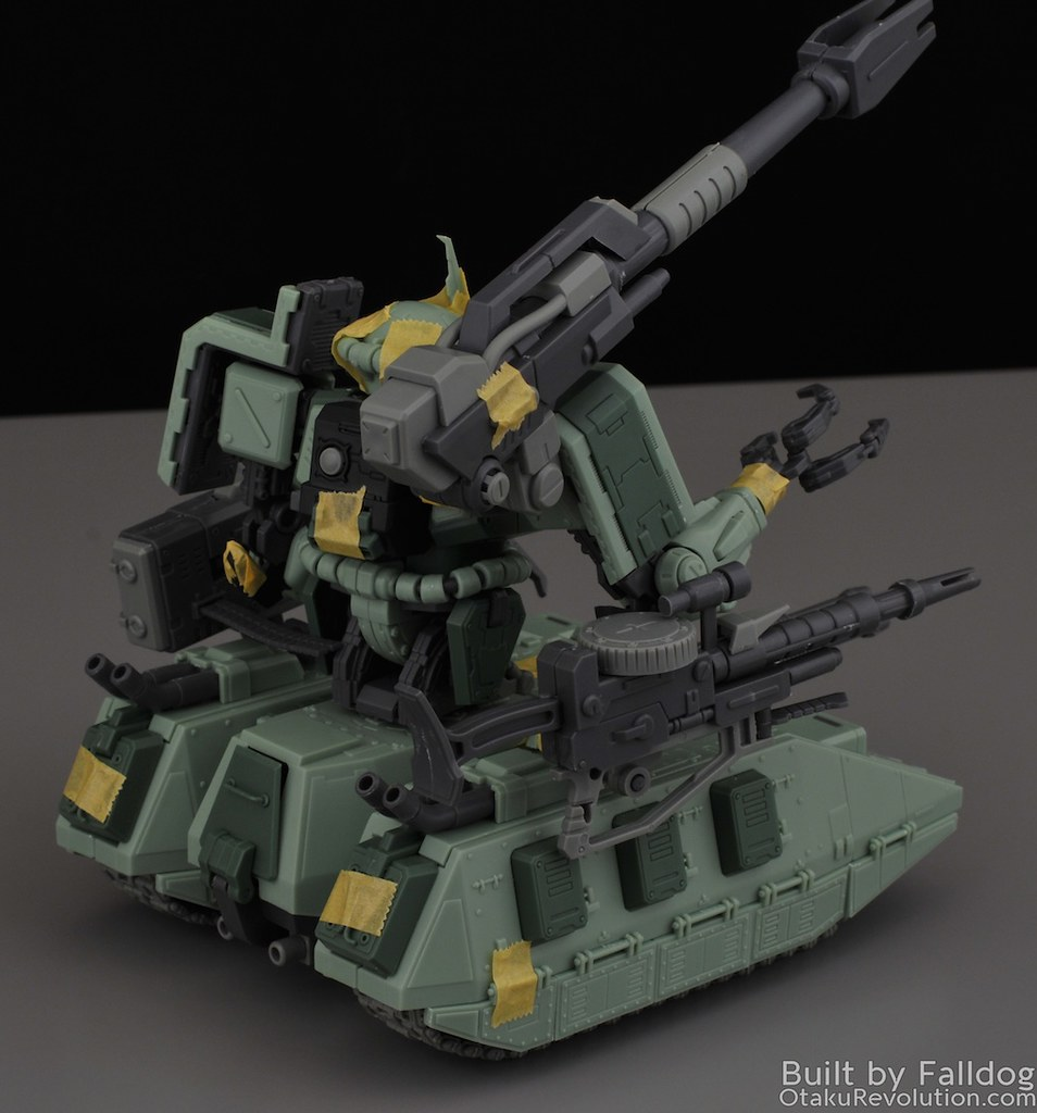 Motor King - 1-100 Zaku Tank Review 8