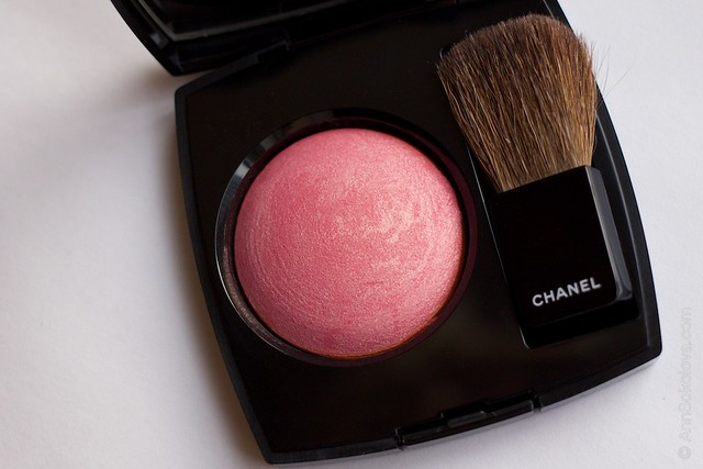 06 Chanel   Joues Contraste Powder Blush 170 Rose Glacier