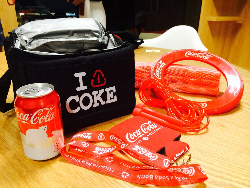 [Giveaway] Coca-Cola's Movement is Happiness - Alvinology