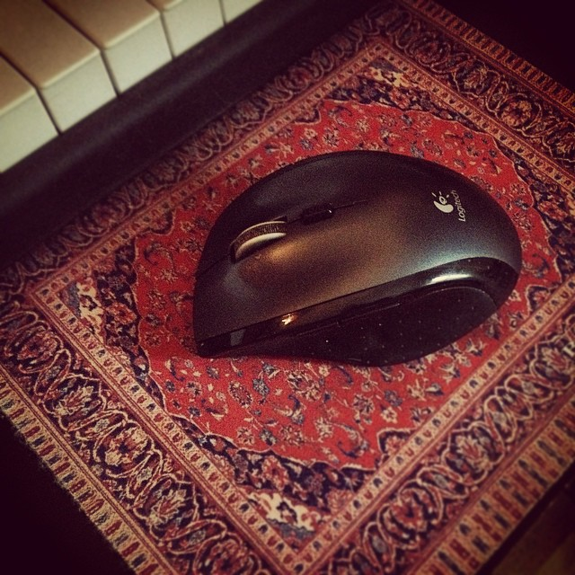 Mouse mat really ties the desk together does it not? #thebiglebowski #studio #rug #thedude
