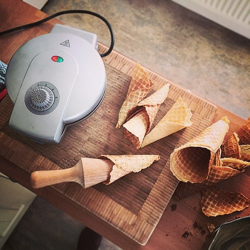 Making ice cream cones with @thelaundry