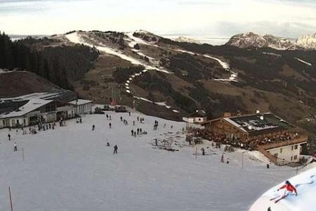Aktuálně: lyžuje se hlavně na bílých kobercích