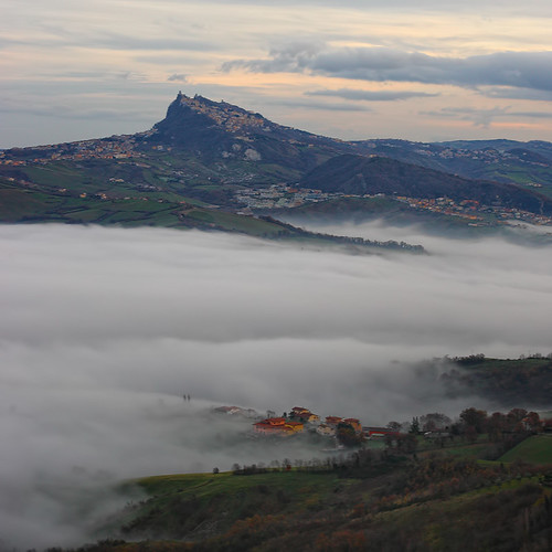 blue winter sky mist mountain green fog clouds landscape nice italia sanmarino day view outdoor rimini emiliaromagna torriana ef5014