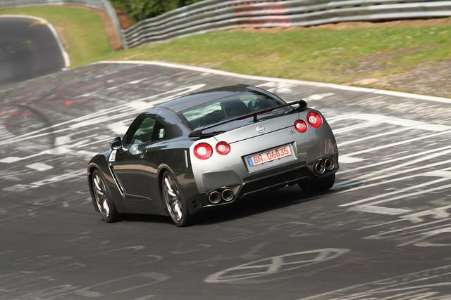 Nissan GT-R gris test mule 2