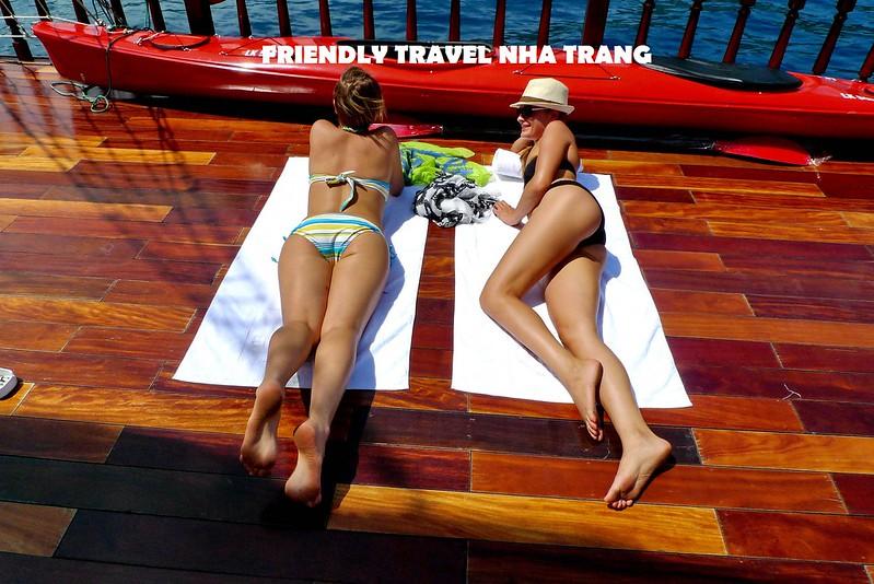 emperor-cruise-day-tour-nha-trang