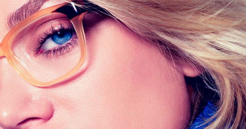 La autoprescripción y las gafas premontadas.