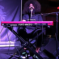 keyboard player, musician, rock concert, music, stage, entertainment, performance, performance art, electronic instrument,