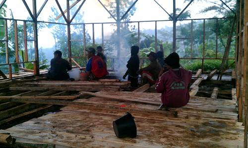 tahap pertama pembangunan kelas di SMP Al Bayyan Garut