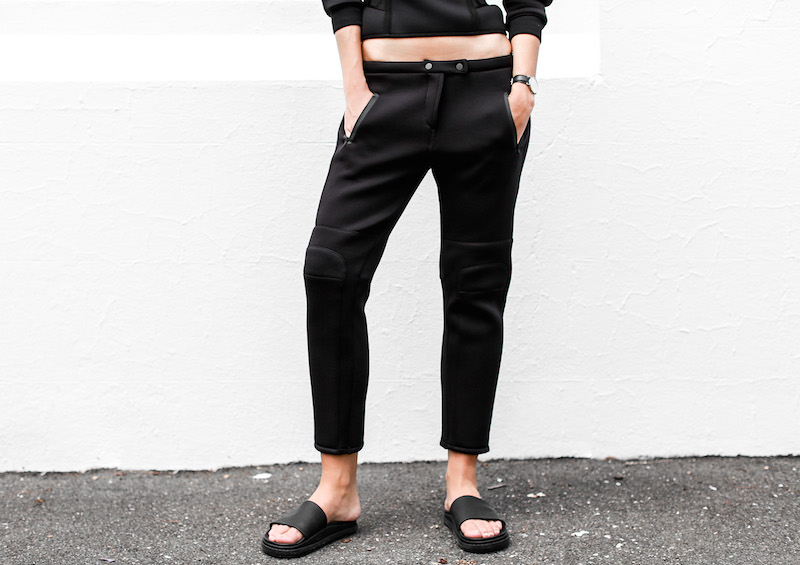 ALEXANDER WANG x H&M all black street style modern legacy fashion blog Australia sport luxe inspo (13 of 14)