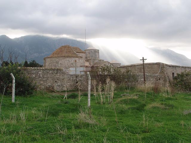 201412260025-Alsancak-chapel-occupied-zone