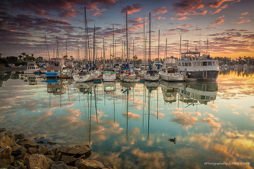 california seascape reflection sunrise landscape boats dock sandiego yacht coronado gloriettabay