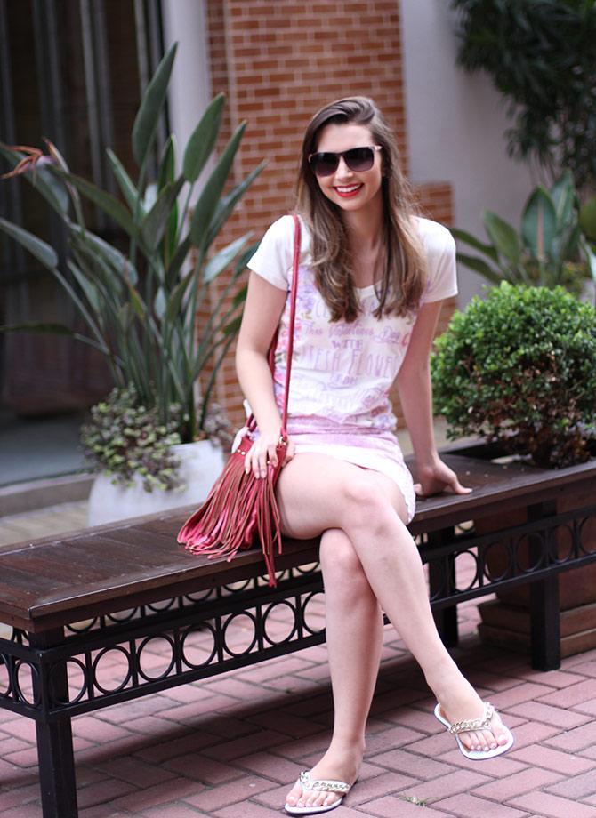 01-look-saia-rosa-e-tshirt-rosa