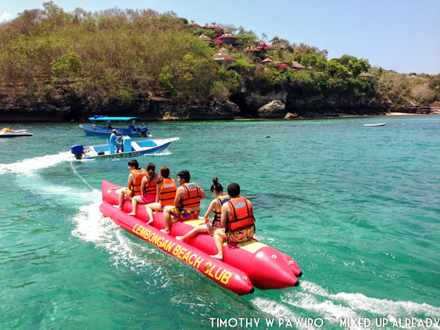 Indonesia - Bali - Bali Tjendana Adventures - Equator Beach Club - Banana boat