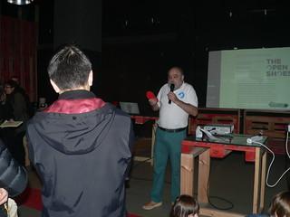 Presentando el proyecto en la Feria Eginzaleak.