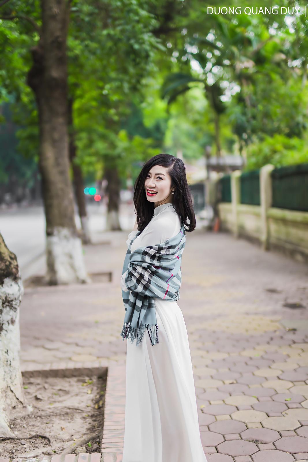Áo dài trắng - Hà Nội chớm đông 7