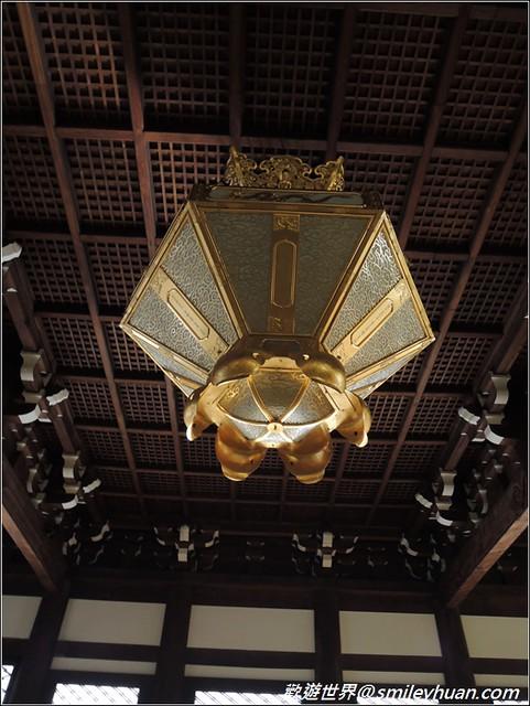 西本願寺。燈飾