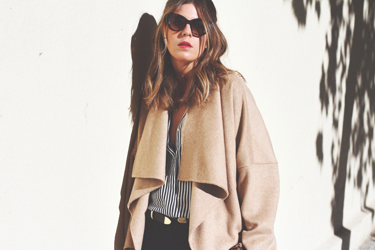 camel-coat-chelsea-boots-street-style-7